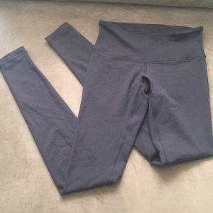 Lulu lemon navy blue/black leggings